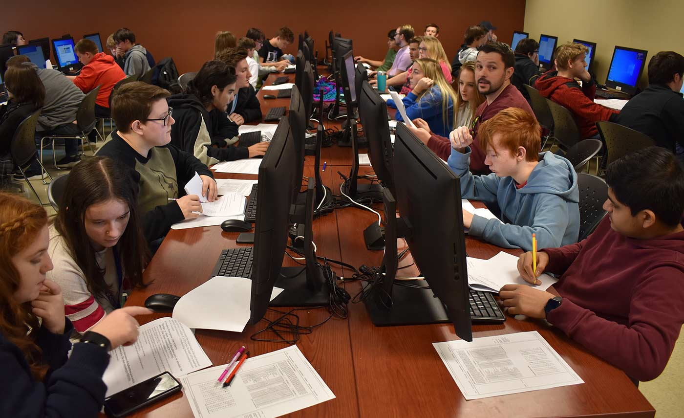 The computer lab in Roane State's Goff Building in Oak Ridge was filled to capacity for the college's second cybersecurity competition.